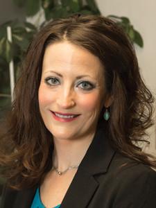 Julia VanNeiuwland, RN
